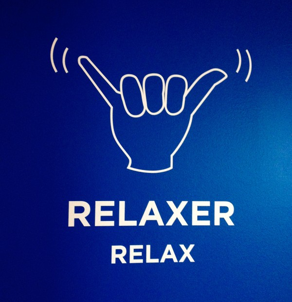 Sign to communicate while skydiving - Relax