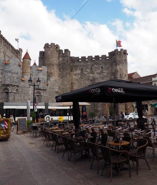 Châteaux des comtes dans la ville de Gand en Belgique