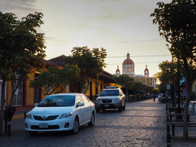 Coucher de soleil sur Granada au Nicaragua