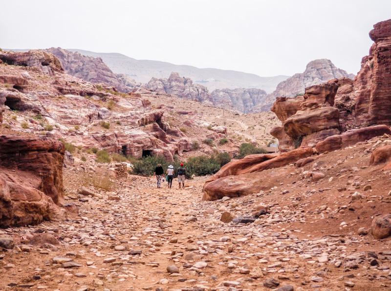 Randonnée sur le site de Petra, en Jordanie