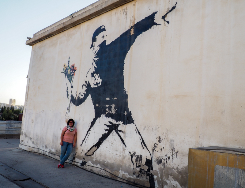 Flower Thrower, oeuvre de Bansky à Bethléem