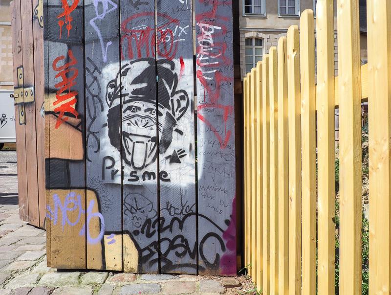 Oeuvre de l'artiste Prisme. Street Art dans la ville de Rennes.