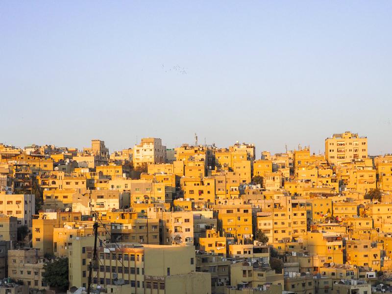 Coucher de soleil sur la ville d'Amman en Jordanie.