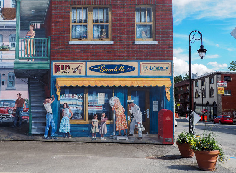 Murale hyperéaliste à Sherbrooke.