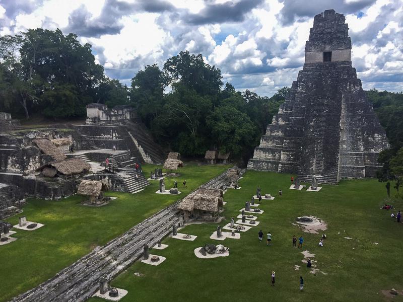 Site de ruines Maya à Tikal au Guatemala