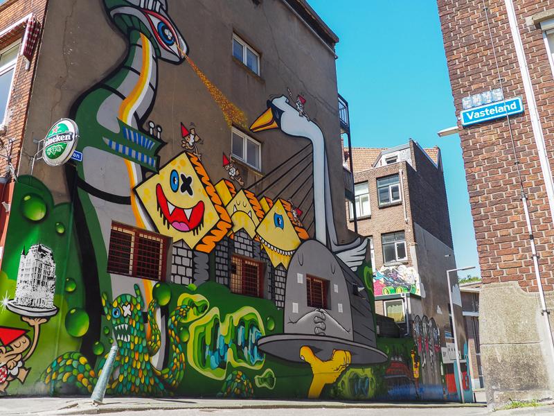 Murale par le collectif Lastplak à Rotterdam, aux Pays-Bas.