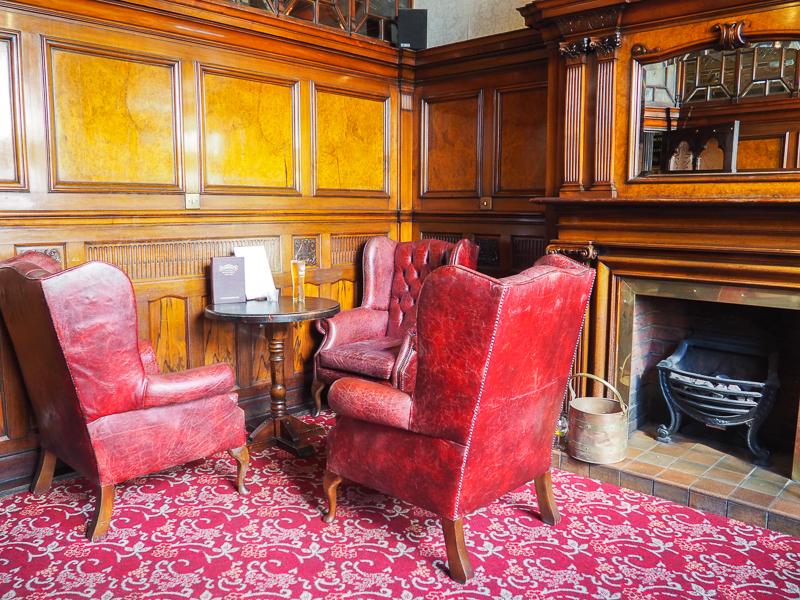 Intérieur du Philharmonic Pub de Liverpool