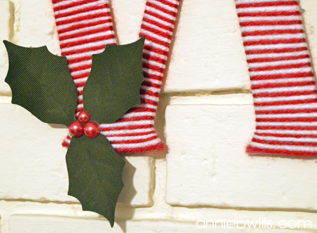 christmas-monogram-ornament-by-annie-williams-detail-1