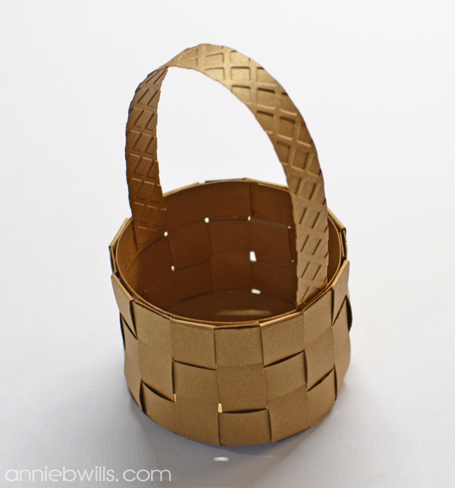Mini Woven Easter Baskets by Annie Williams - Finished Basket