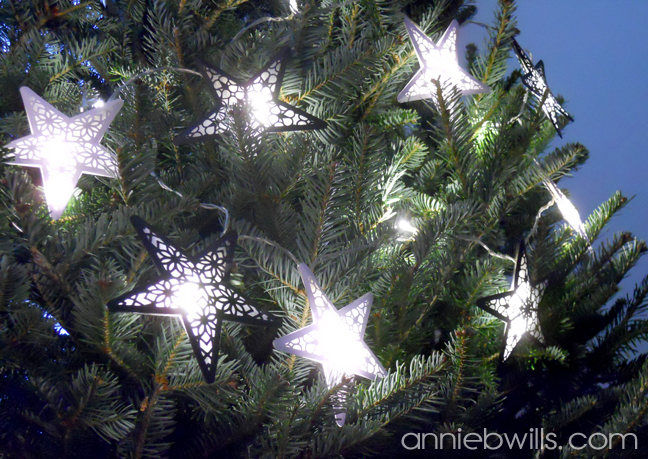 starlight-garland-by-annie-williams-tree