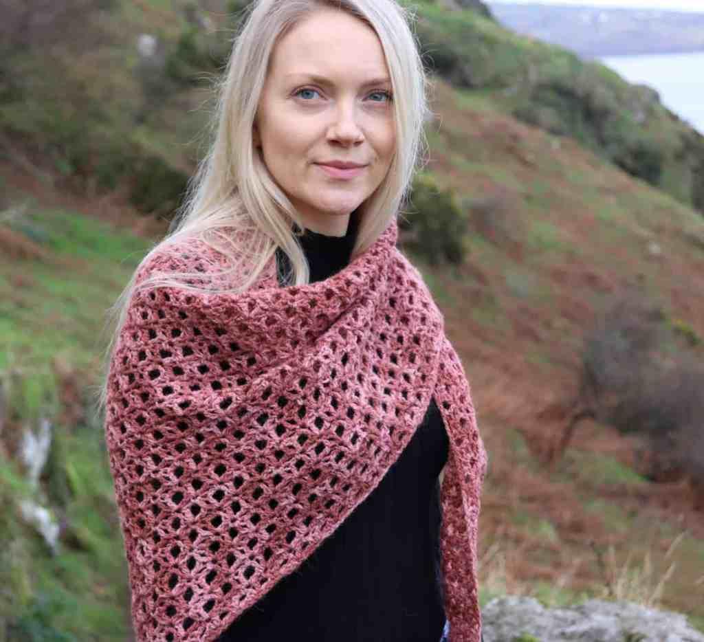 Halo Shawl – Free Crochet Shawl Pattern