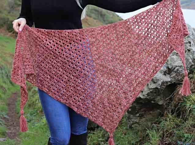Halo Shawl – Free Crochet Shawl Pattern – Annie Design Crochet