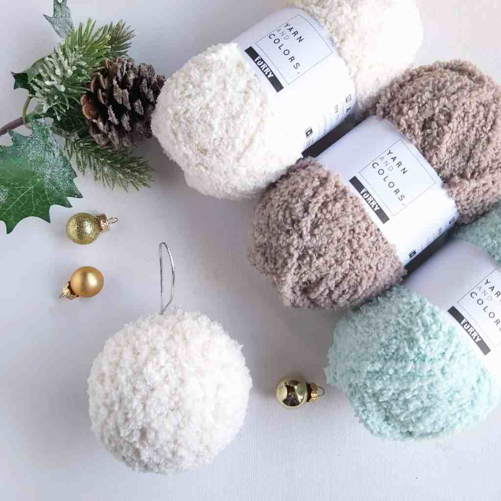 Crochet Furry Snowball Baubles – Free Pattern