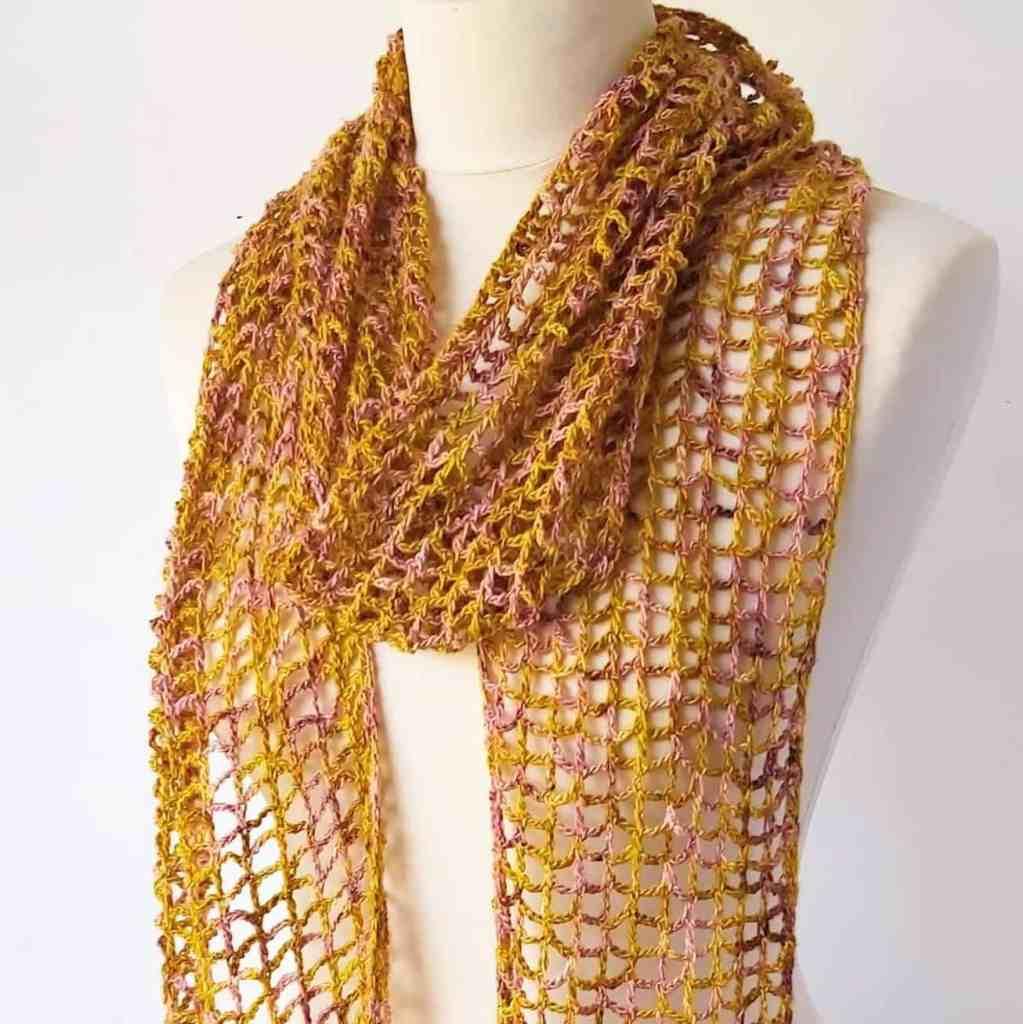 Simple Lace Crochet Scarf Pattern