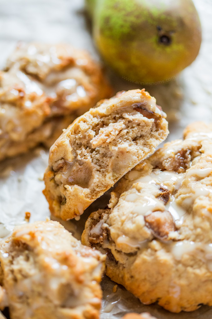What could be better on a fresh Autumn morning than a freshly baked Maple Pear Scone? Full of fresh fruit, maple syrup and a little cinnamon, these are light, flaky and delicious!