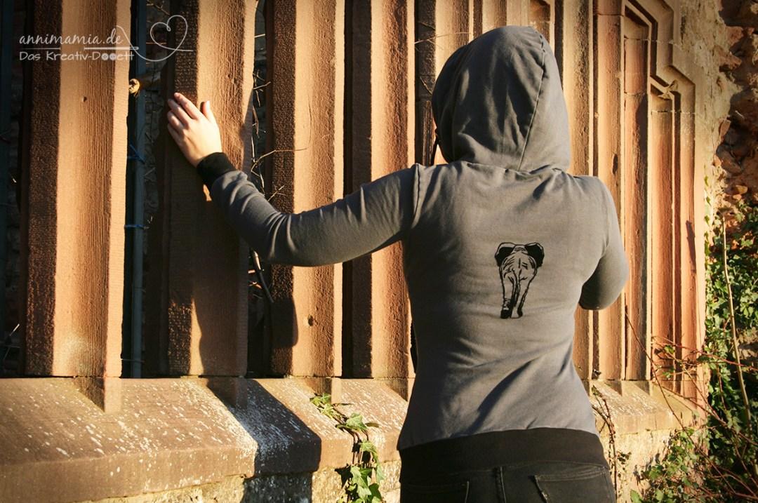 Hoodie Missy mit Elefanten-Plott (annimamia.de)
