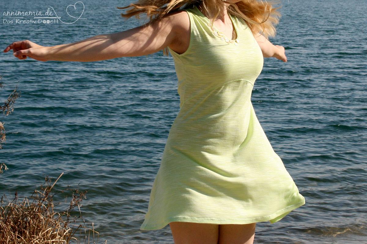 Mit Kleid Valery ab in den Frühling