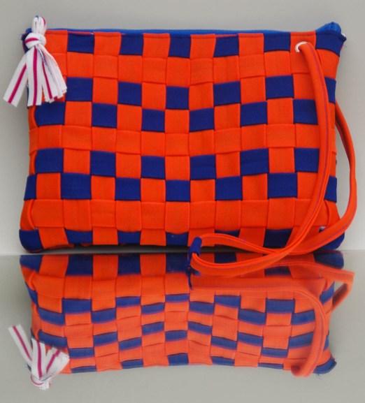 KSW 20: Tablet-Tasche mit gewebtem Schachbrett