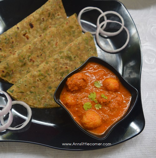 Dum Aloo / Baby Potatoes in Curd Gravy