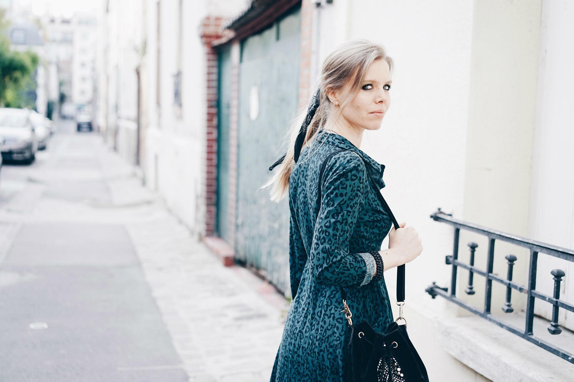 Look rock avec robe à imprimé léopard • BlogNroll 9c2651a1f9f
