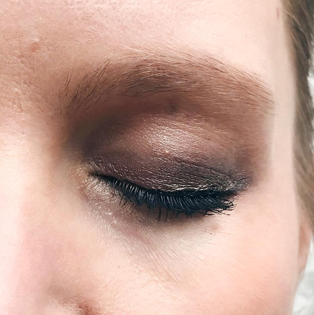 make up bio