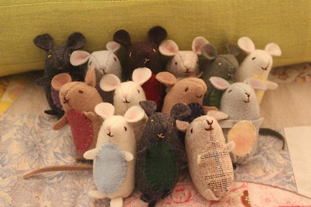 happy mice crew