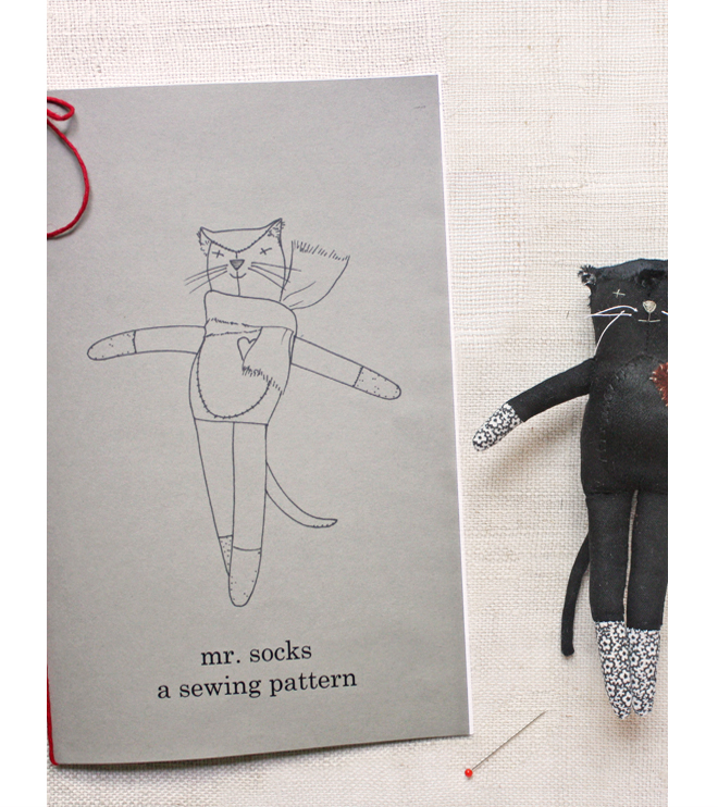 mr.socks sewing pattern : print edition