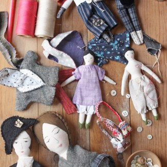 rag dolls : finishing touches