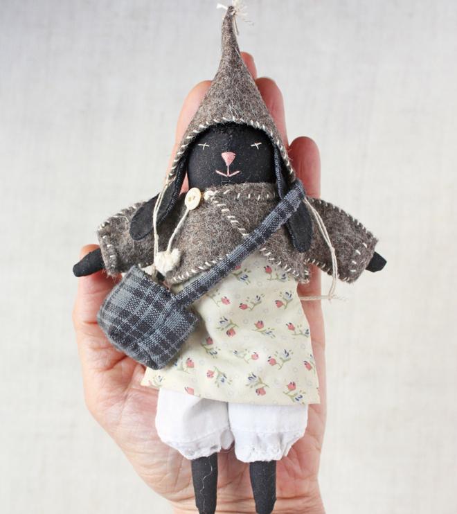 mrs. rabbit : rag doll