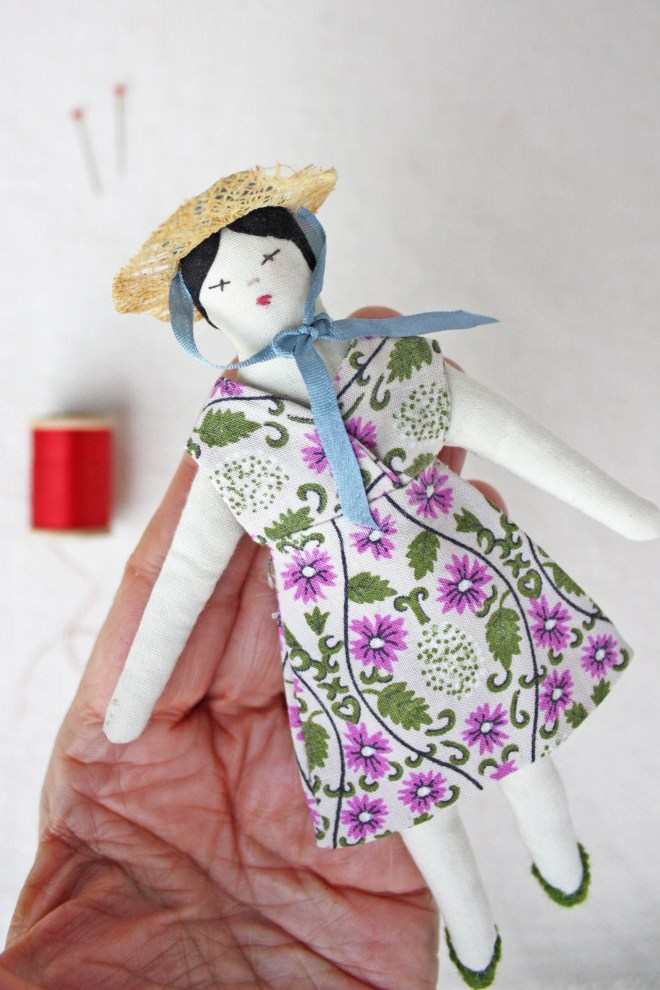 easy doll dress sewing pattern