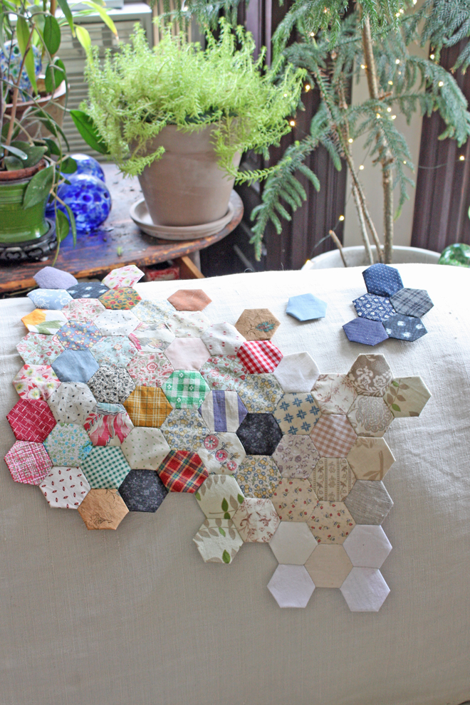 making a hexie quilt from scraps