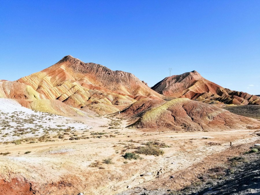 zhangye danxia rainbow mountain edited 3