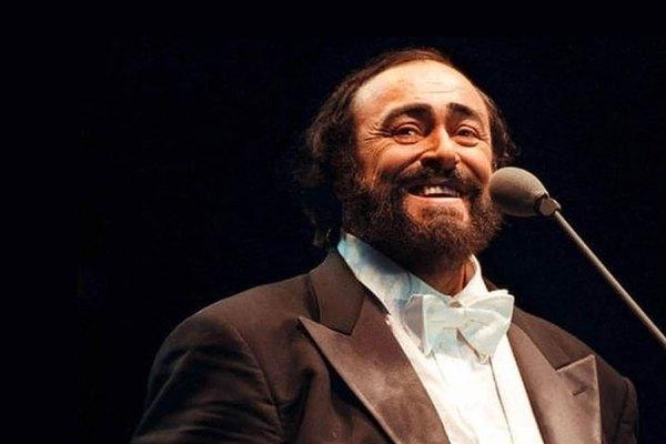 Pavarotti1