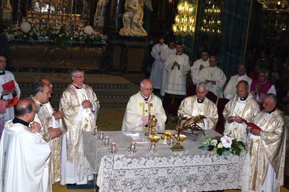 Altar concelebrantes