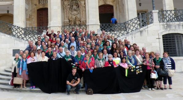 Grupo de peregrinos a Fátima