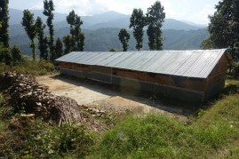 Temporary school in Apchaur