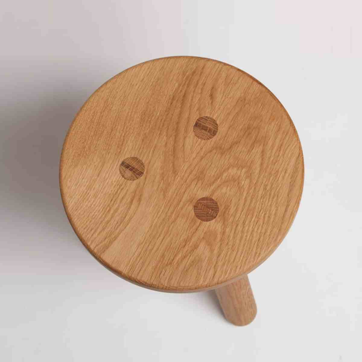 another-country-kids-stool-one-oak-natural-002