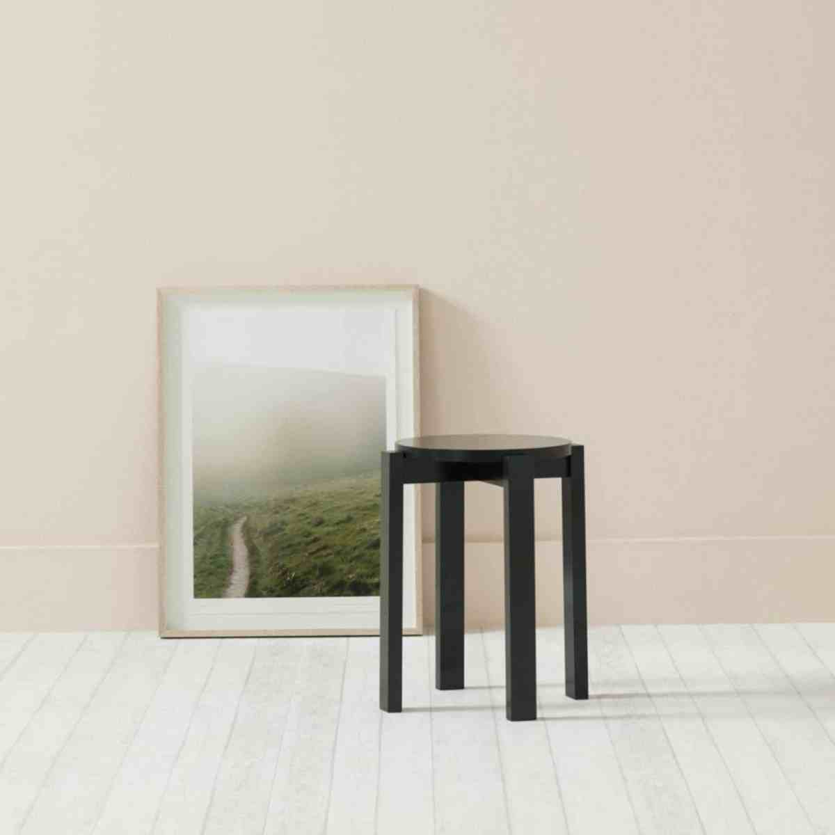 stool-four-dutch-monument-green-another-country-001