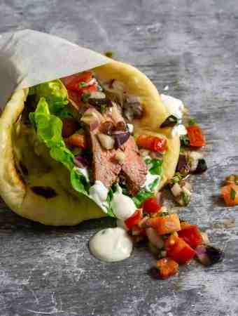 Moroccan steak pita with salsa