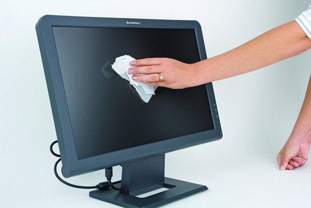 How To Cheaply Clean Your Monitor Screens – AnotherWindowsBlog