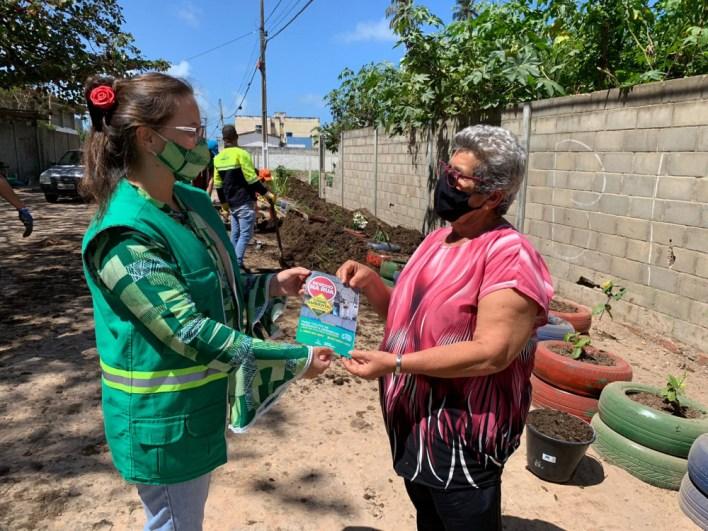 Educação ambiental percorre bairros da capital passando orientações sustentáveis. Foto: Ascom Sudes