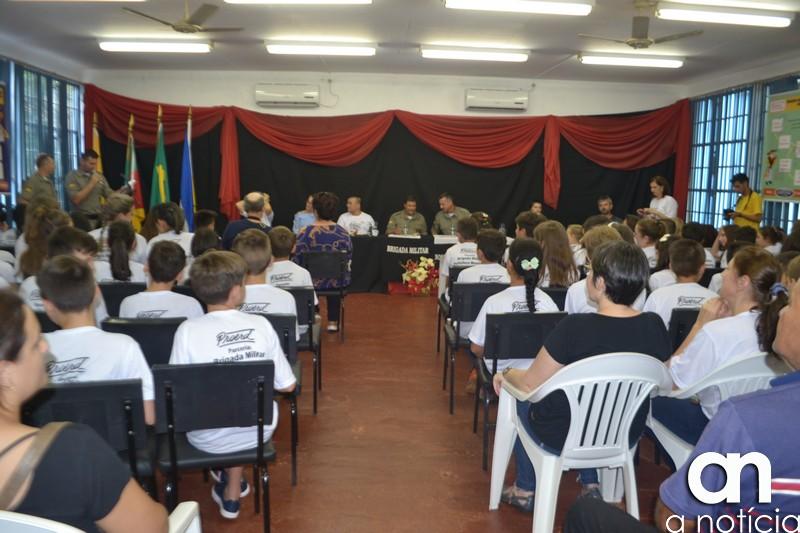 PROERD forma mais de setenta crianças em Catuípe em 2019