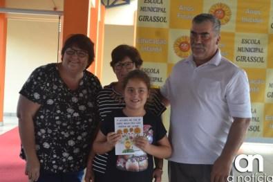 lançamento livro escola girassol (108)