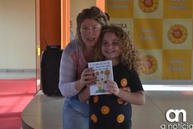 lançamento livro escola girassol (96)