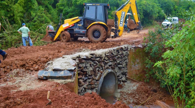 Administração Municipal de Catuípe realiza substituição de ponte de madeira