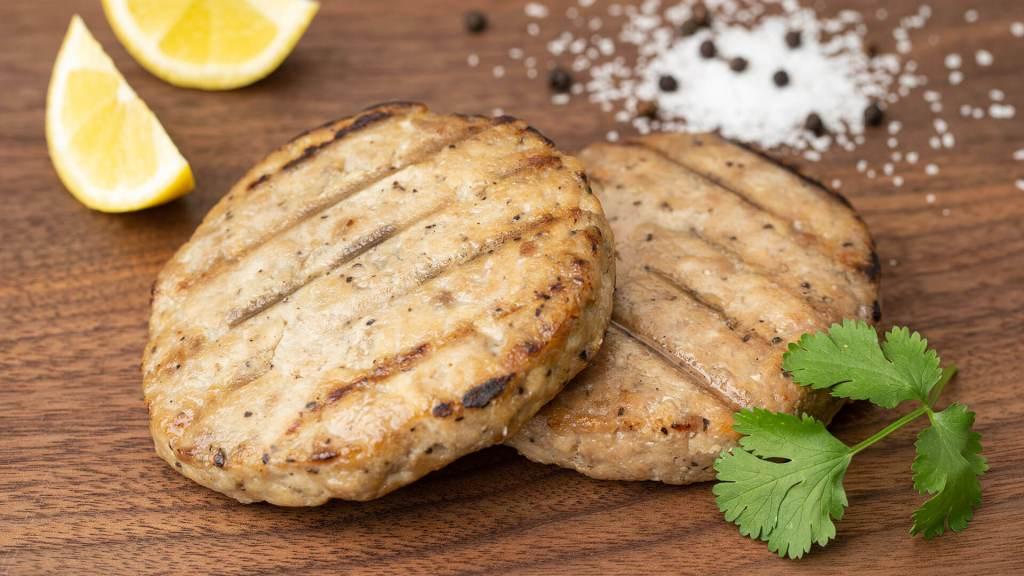 Seared Ahi Tuna Burger