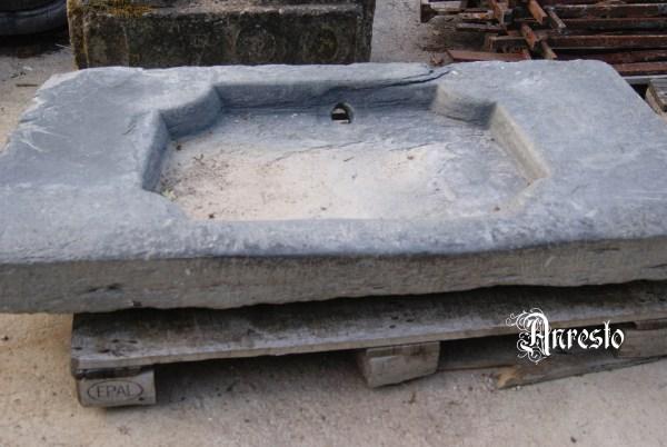 Ref. 05 - Spoelbak in blauw steen