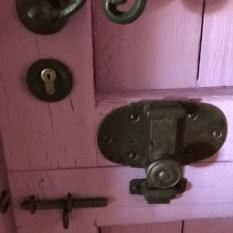 Gerealiseerd project: paardenstal deursluitingen