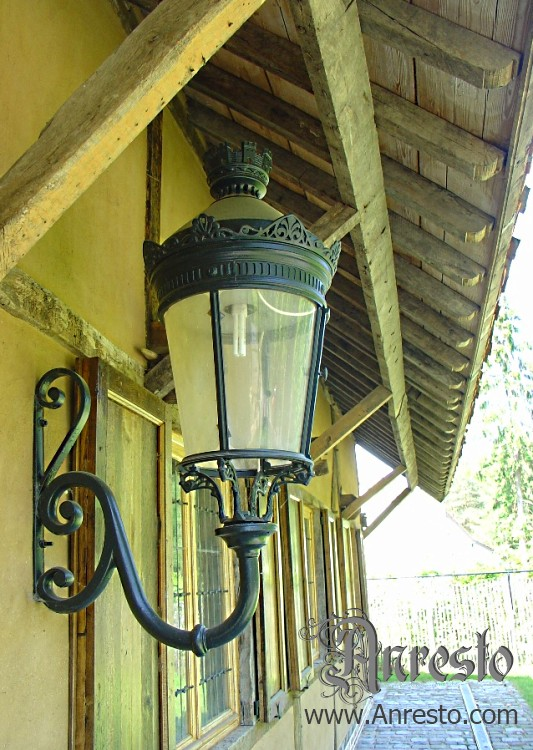 Ref. 07 – Antieke lantaarn, kasteelhoeve te koop