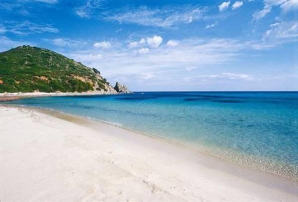 Sardegna: la spiaggia di Sant'Elmo